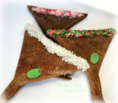 """Lainey's Pawtique BakeryShout Out Today's Craft Cafe Shop Shout Out is for Lainey's Pawtique Bakery. You will find """"Yummy"""" treats for your 4-legged Best Friend! Woof Woof!! Pictured Left:Laineys Howl-i-Day Pawtini's -What Howl-i-Day is complete WITHOUT a Festive Pawtini?? We have ©Laineys Howl-i-Day Pawtini's Just in time for the Howl-I-Days …"""