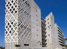 Image 20 of 36 from gallery of USJ Campus de L'Innovation et du Sport / 109 Architects with Youssef Tohmé. Photograph by 109 Architectes Concrete Facade, Concrete Architecture, Stone Facade, Contemporary Architecture, Interior Architecture, Amazing Architecture, Beirut, Facade Pattern, Cladding Materials