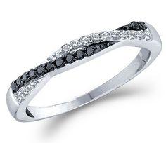 Black and white diamond ring - Wedding look