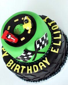 CiaoAnnie: Racecar Cake
