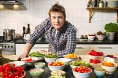 Jamie Oliver turns his focus on Generation Y now The celeb chef is all set to debut with a brand new cooking show for his teen fans. Culinary Classes, Culinary Arts, Healthy Chef, Healthy Recipes, Healthy Foods, Healthy Eating, Healthy Dinners, Healthy Cooking, Jamie Oliver Food Revolution