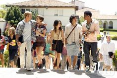 """""""Senior Year, Baby""""--LtoR: Trevor Donovan as Teddy, Jessica Stroup as Erin Silver, Shenae Grimes as Annie Wilson, Michael Steger as Navid Shirazi and Tristan Wilds as Dixon Wilson on 90210 on The CW. Photo: Michael Desmond/The CW ©2010 The CW Network. All Rights Reserved."""