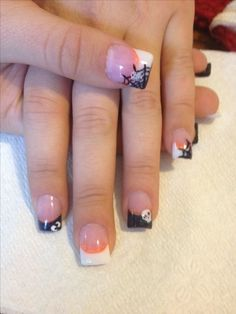 Are you looking for easy Halloween nail art designs for October for Halloween party? See our collection full of easy Halloween nail art designs ideas and get inspired! Cute Toe Nails, Love Nails, Diy Nails, How To Do Nails, Pretty Nails, Nail Nail, Nail Glue, Holloween Nails, Cute Halloween Nails