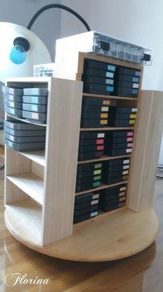 Fabriquer sa tour à encre - cartes en scrapbooking.com Tour, Scrapbooking, Shelves, Couture, Ideas, Home Decor, Ink, Tips And Tricks, Cards