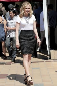 the beautiful Anna Paquin...  Trendy Fashion...   She was born on the 24th of July 1982