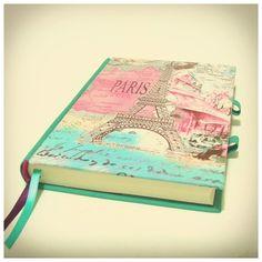 Cuaderno Paris Bookbinding Ideas, Handmade Journals, Book Binding, Scrapbooks, Bujo, Notebooks, Decoupage, School, Diy