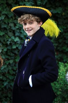Levi Miller, Young Celebrities, Celebs, Charlie Rowe, Kids Photography Boys, A Wrinkle In Time, Cute Stars, Boy Models, Chris Evans