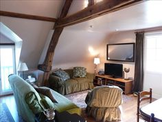 Le Loft : 18th century Stone Country Farmhouse - VRBO