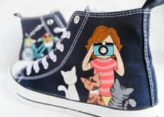 Esencia Custome: Zapatillas personalizadas - Custom sneakers #cats #photography #handpainted