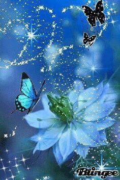 With Tenor, maker of GIF Keyboard, add popular Butterflies animated GIFs to your conversations. Share the best GIFs now >>> Butterfly Gif, Butterfly Pictures, Butterfly Wallpaper, Beautiful Butterflies, Beautiful Flowers, Art Papillon, Whatsapp Pink, Beau Gif, Dream Pictures