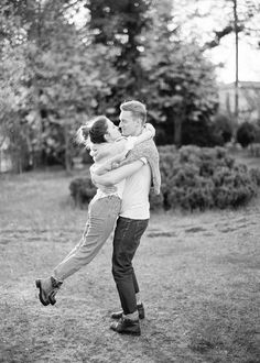 Engagement photography session in Tuscany Italy - Kir & Ira photography Engagement Photo Poses, Engagement Pictures, Engagement Photography, Young Couples Photography, Photography Ideas, Love Of A Lifetime, Young Love, Couples In Love, Maternity Pictures