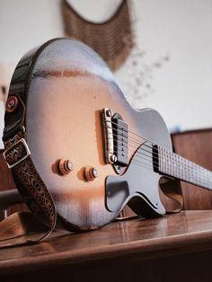 Gibson Lp, Gibson Les Paul Jr, Gibson Guitars, Gibson Custom Shop, Les Paul Guitars, Les Paul Custom, Musician Gifts, Guitar Collection, Beautiful Guitars