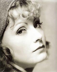 Greta Garbo - 1931 - Photo by Clarence Sinclair Bull (American, 1896-1979) - @~ Watsonette