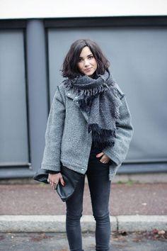Модные шарфики: 6 удачных дополнений для стильного образа