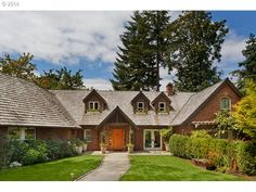 View 32 photos for 17515 Blue Heron Rd, Lake Oswego, OR 97034 a 5 bed, 7 bath, Sq. single family home built in 1937 that sold on Hillsboro Oregon, Lake Oswego, Blue Heron, Building A House, Home And Family, Real Estate, Cabin, Mansions, House Styles