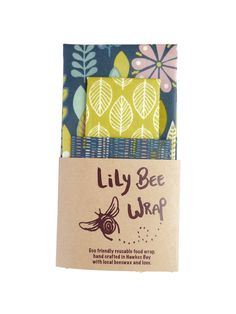Beeswax wraps LilyBee is an Eco-friendly food wraps handcrafted with cotton and beeswax. A New Zealand reusable plastic wrap alternative. Eco Food Wrap, Honey Wrap, Reusable Food Wrap, Bees Wrap, Plastic Wrap, Starter Kit, Eco Friendly, Wraps, Lily