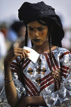 A Wodaabe woman. Beautiful!