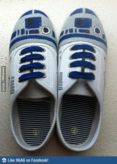 R2D2 Shoes (another version). These would be the best shoes ever.