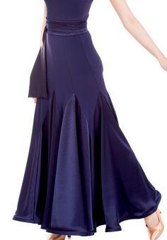 Latin Ballroom Dresses, Ballroom Costumes, Ballroom Dance Dresses, Latin Dresses, Types Of Fashion Styles, Fashion Terms, Dance Fashion, Haute Couture Fashion, Dance Outfits