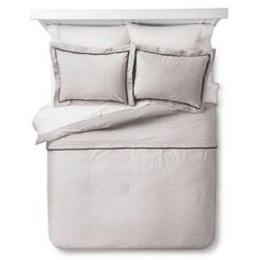 The Yarn Dye Stripe Duvet Set from Threshold is a comfy upgrade for your bedroom. The subtle striping and dark trim gives the piece a tailored look. Bedding Sets Online, King Bedding Sets, Luxury Bedding Sets, Duvet Sets, Duvet Cover Sets, Best Duvet Covers, Bed Covers, Textured Duvet Cover, Dark Trim