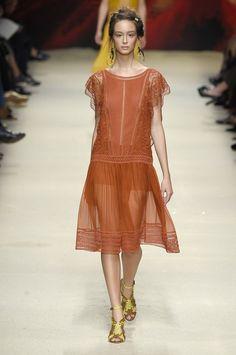 Albert Ferretti SS16 fashion week show - Image 16