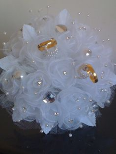 cloth flower making Wedding Brooch Bouquets, Bride Bouquets, Flower Bouquet Wedding, Bride And Groom Glasses, Wedding Wine Glasses, Ring Pillow Wedding, Wedding Pillows, Wedding Crafts, Wedding Decorations