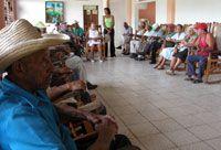 Grupo de ancianos