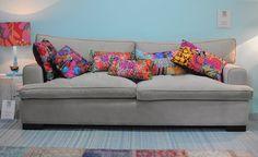 sofa-almofadas-coloridas