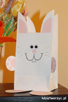 Paczuszka prezentowa w kształcie wielkanocnego zajączka ;)  #wielkanoc   #zajac   #zajaczek   #zajacwielkanocny   #zajaczekwielkanocny   #paczkaprezentowa   #jakzrobic   #instrukcja   #sposobwykonania   #lubietworzyc   #zpapieru   #DIY   #easter   #bunny   #easterbunny   #presentpackage   #giftpackage   #howto   #handmade   #instruction   #papercraft