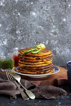 Curried Quinoa Pumpkin Pancakes, scrumptious beyond words.these savory pancakes are a must try this season. Savory Pancakes, Pumpkin Pancakes, Pumpkin Cookies, Pumpkin Bread, Brunch Recipes, Fall Recipes, Sweet Recipes, Healthy Recipes, Pumpkin Oatmeal