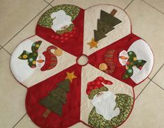 Patchwork Navidad Ideas Manualidades New Ideas Christmas Patchwork, Christmas Applique, Christmas Sewing, Felt Christmas, Christmas Projects, Holiday Crafts, Christmas Stockings, Christmas Ornaments, Christmas Trees