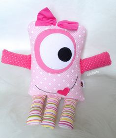 Sewing Toys, Sewing Crafts, Sewing Projects, Kids Pillows, Animal Pillows, Cute Quilts, Baby Quilts, Monster Toys, Ugly Dolls