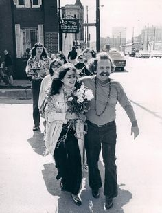Hippy Wedding In Chicago 1969