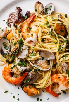 Seafood pasta Spaghetti with Clams, Prawns, Seafood Cocktail close up - The Picture Pantry Food Stock Photo Library Italian Seafood Spaghetti Recipe, Spagetti Recipe, Seafood Pasta Recipes, Pasta Spaghetti, Fish Dishes, Pasta Dishes, Seafood Cocktail, Cooking Recipes, Healthy Recipes