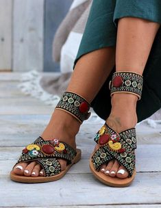 f0c0c87687e8 278 Best Sandals images