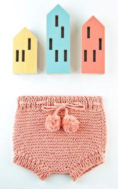 Rapunzel bloomers - Buy Wool, Needles & Yarn Enfants - Buy Wool, Needles & Yarn Kits de Tricot   WE ARE KNITTERS