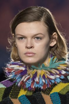 Missoni Fall 2017 Fashion Show Details, Milan Fashion Week, MFW, Runway, TheImpression.com - Fashion news, runway, street style, models