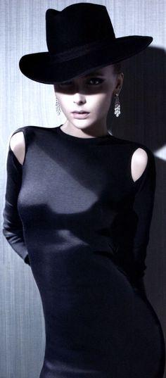 Anastasia Barbieri vogue Japan