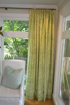 LUCY WILLIAMS INTERIOR DESIGN BLOG: BEFORE AND AFTER: MY DINING ROOM-DRAPERIES FINISH THE ROOM!