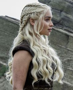 Emilia Clarke ♥ Daenerys Targaryen ♚ Game of Thrones ♚ Braided Hairstyles, Wedding Hairstyles, Cool Hairstyles, Viking Hairstyles, Hairstyle Ideas, Hair Inspo, Hair Inspiration, Emilia Clarke, Grunge Hair