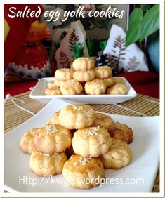INTRODUCTION My Chinese cookies post should almost come to an end in a few days and I will be concentrating to bake my Chinese New Year cookies. Meanwhile, I have many savoury dishes recipes lined … Peanut Cookie Recipe, Peanut Cookies, Almond Cookies, Egg Yolk Recipes, Baking Recipes, Cookie Recipes, Egg Yolk Cookies, Biscuit Cookies, Savoury Dishes