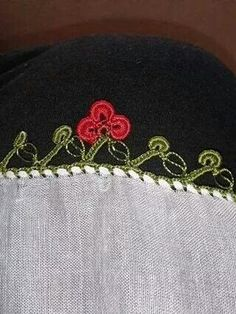 This Pin was discovered by HUZ Elsa, Diy And Crafts, Crochet Hats, Beanie, Stitch, Womens Fashion, Diapers, Tricot, Craft