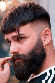 What to do with the neck beard ? - Neck Beard Style For Men. Informations About What to do with the neck beard ? Pin You can easily use - Faded Beard Styles, Long Beard Styles, Hair And Beard Styles, Modern Beard Styles, Indian Beard Style, New Beard Style, Haircuts For Balding Men, Mens Hairstyles With Beard, Men's Hairstyles