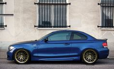 Lemans with gold wheels.too subaru? Dream Cars, 135i Coupe, Bmw Vintage, Gold Wheels, Bmw M1, Bmw Alpina, Bmw 1 Series, Bmw Cars, Car Manufacturers