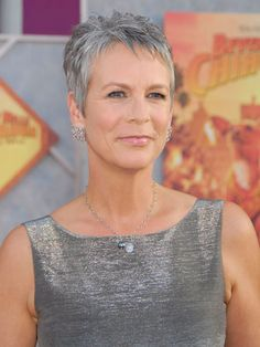 Jamie Lee Curtis' gray locks look like spun silver -- so shiny and chic. I love the way she has aged, and her hair!