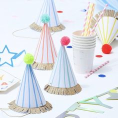 These cute large party hats will create a great effect at your celebration. Each hat is decorated with a stripey pattern and finished with a gold glitter band w