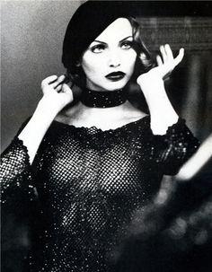 ru_glamour: Nadja Auermann by Ellen Von Unwerth for Vogue US September 1992