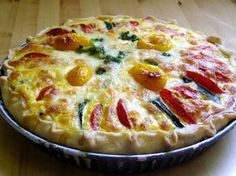 Cukkinis-paradicsomos pite Quiche Muffins, Vegetarian Recipes, Cooking Recipes, Food Names, Hungarian Recipes, Pizza, Easy Meals, Paleo, Food And Drink