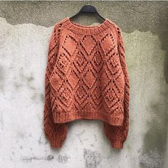 The Clotilde Sweater is a soft and chunky sweater in a bold diamond lace pattern. Baby Boy Knitting Patterns, Knitting Designs, Olive Vest, Lace Leggings, Quick Knits, Raglan, Lace Patterns, Top Pattern, Knitwear