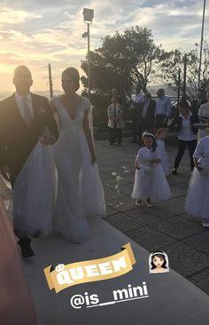 Η Ισμήνη Νταφοπούλου ντυμένη νύφη.